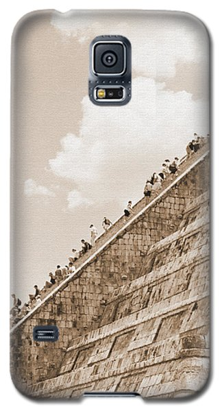 Walking Up The Pyramid Galaxy S5 Case by Kirt Tisdale