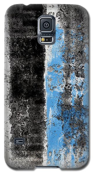 Galaxy S5 Case featuring the digital art Wall Abstract 34 by Maria Huntley