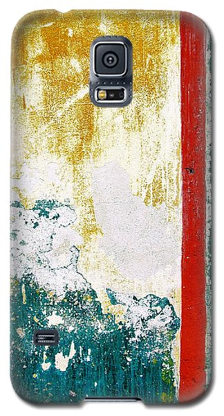 Galaxy S5 Case featuring the digital art Wall Abstract 71 by Maria Huntley