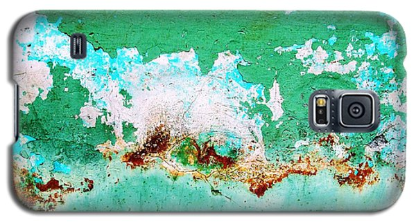 Wall Abstract 77 Galaxy S5 Case by Maria Huntley