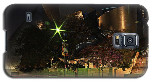 Galaxy S5 Case featuring the photograph Walt Disney Concert Hall  by Kevin Ashley