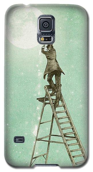 Fantasy Galaxy S5 Case - Waning Moon by Eric Fan