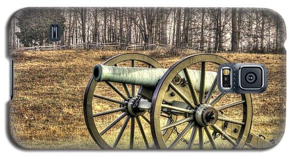 Galaxy S5 Case featuring the photograph War Thunder - 1st New York Light Artillery-b1 Battery D The Wheatfield Late Winter Gettysburg by Michael Mazaika