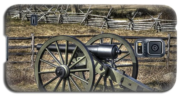 Galaxy S5 Case featuring the photograph War Thunder - 9th Michigan Btry 1st Michigan Light Artillery Battery I Hancock Ave Gettysburg by Michael Mazaika