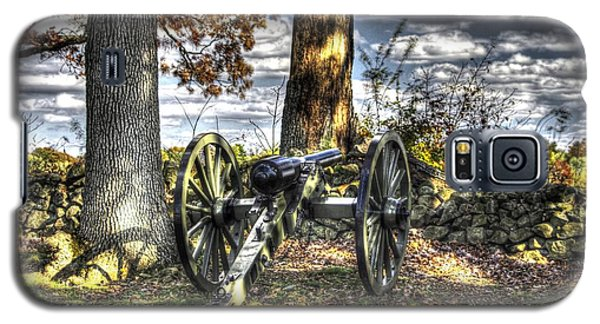 Galaxy S5 Case featuring the photograph War Thunder - Lane's Battalion Ross's Battery-b1 West Confederate Ave Gettysburg by Michael Mazaika