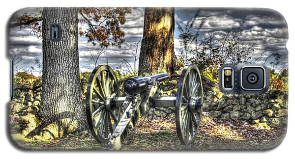 Galaxy S5 Case featuring the photograph War Thunder - Lane's Battalion Ross's Battery-b2 West Confederate Ave Gettysburg by Michael Mazaika