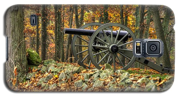 Galaxy S5 Case featuring the photograph War Thunder - The Albemarle Va Artillery Wyatt's Battery West Confederate Ave Gettysburg by Michael Mazaika