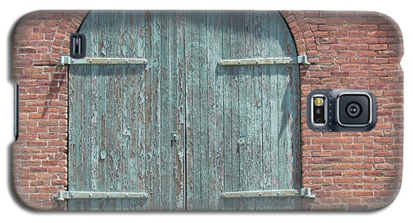 Galaxy S5 Case featuring the photograph Warehouse Door by Bonnie Muir