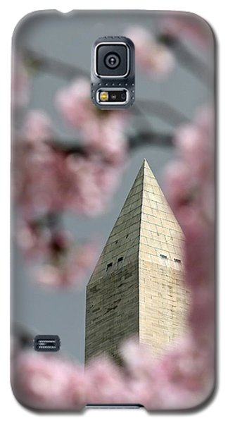 Washington Monument With Cherry Blossoms Galaxy S5 Case