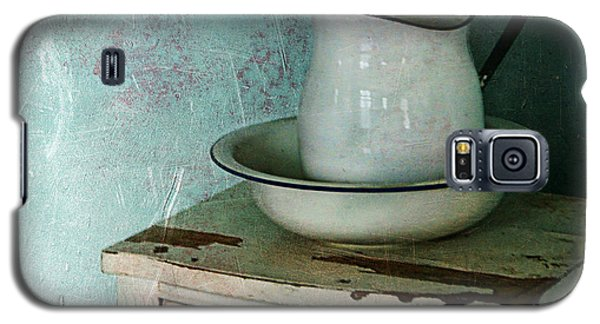 Washstand Still Life Galaxy S5 Case by Nikolyn McDonald