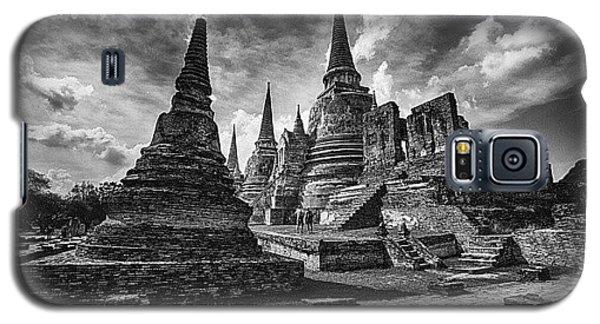 Sunny Galaxy S5 Case - Wat Phra Si Sanphet In Ayutthaya by Sunny Merindo