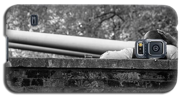 Galaxy S5 Case featuring the photograph Watching The Guns by Ross Henton