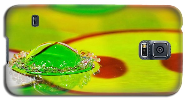 Galaxy S5 Case featuring the photograph Water Crown by Peter Lakomy