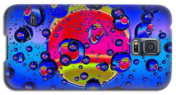 Galaxy S5 Case featuring the photograph Water Drops Fantasy by Vladimir Kholostykh
