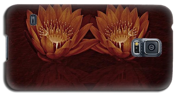 Water Lilies In Deep Sepia Galaxy S5 Case