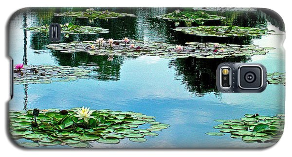 Galaxy S5 Case featuring the photograph Water Lily Garden by Zafer Gurel