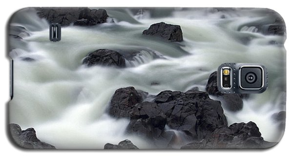 Water Over Rocks Galaxy S5 Case