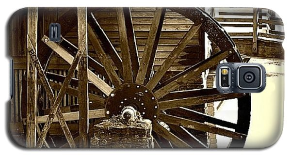 Galaxy S5 Case featuring the photograph Water Wheel At The Grist Mill by Tara Potts