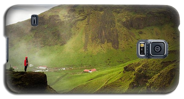 Waterfall And Mountain In Iceland Galaxy S5 Case