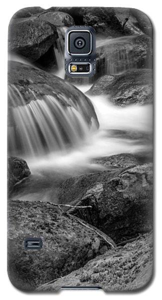 Waterfall In Mount Rainier National Park Galaxy S5 Case