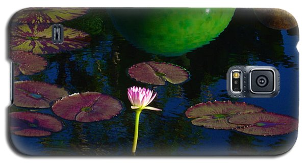 Waterlily Reflection Galaxy S5 Case