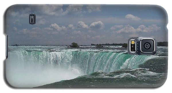 Galaxy S5 Case featuring the photograph Water's Edge by Barbara McDevitt