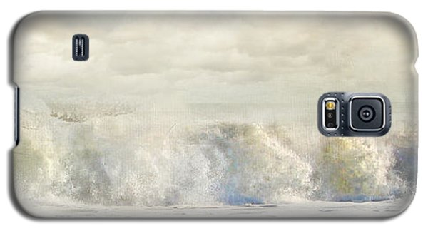 Galaxy S5 Case featuring the photograph Wave 10 by Karen Lynch