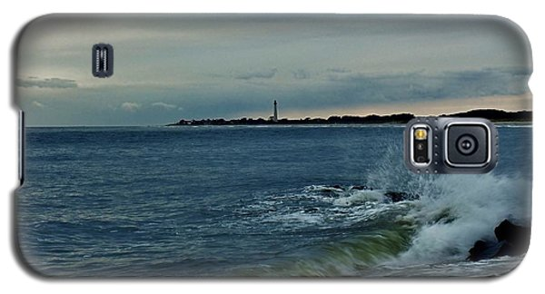 Galaxy S5 Case featuring the photograph Wave Crashing At Cape May Cove by Ed Sweeney