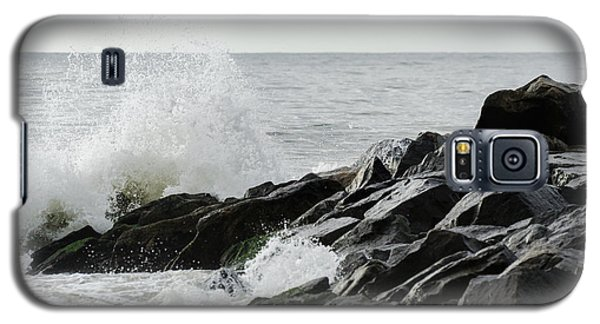 Wave On Rocks Galaxy S5 Case