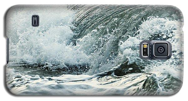 Waves In Stormy Ocean Galaxy S5 Case