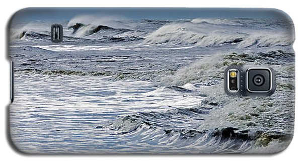 Waves Off Sandfiddler Rd Corolla Nc Galaxy S5 Case by Greg Reed