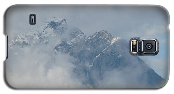 Galaxy S5 Case featuring the photograph Way Up Here by Greg Patzer