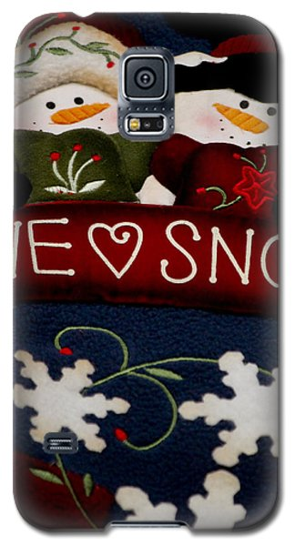 Galaxy S5 Case featuring the photograph We Love Snow by Ivete Basso Photography