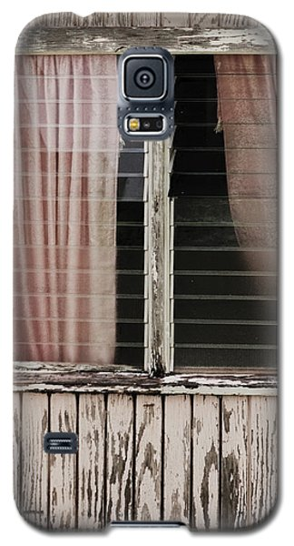 Galaxy S5 Case featuring the photograph Weathered Window by Gary Slawsky