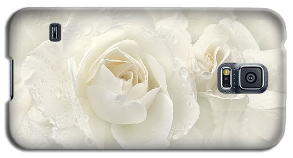 Wedding Day White Roses Galaxy S5 Case by Jennie Marie Schell