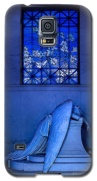 Weeping Angel Galaxy S5 Case by Jerry Fornarotto