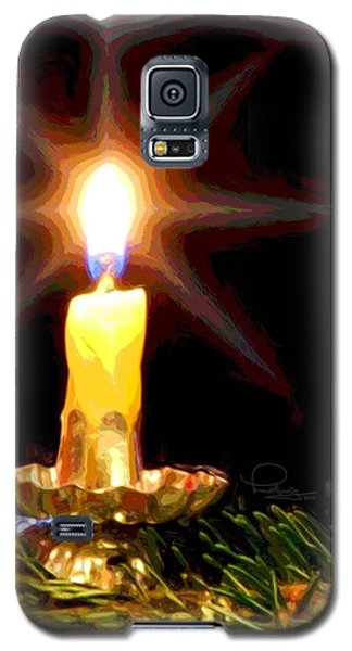 Galaxy S5 Case featuring the photograph Weihnachtskerze - Christmas Candle by Ludwig Keck