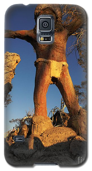 Galaxy S5 Case featuring the photograph Welcome by Janice Westerberg