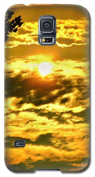 Well Good Morning Sunshine Galaxy S5 Case by Margaret Newcomb
