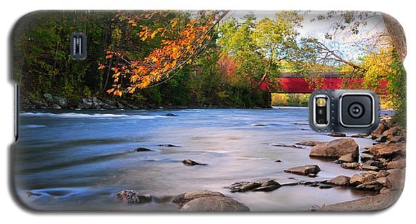 West Cornwall Covered Bridge- Autumn  Galaxy S5 Case