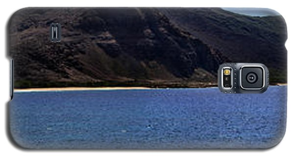 Galaxy S5 Case featuring the photograph West Oahu Panorama by Rob Tullis