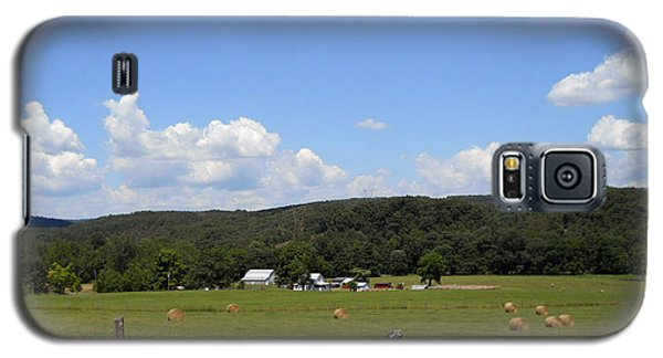 Galaxy S5 Case featuring the photograph West Virginia Farm by Dorothy Maier