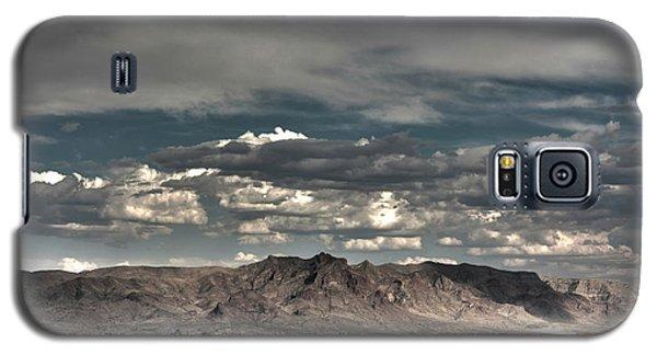 Galaxy S5 Case featuring the digital art Western by Bruce Rolff
