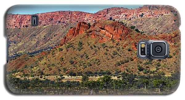 Western Macdonnell Ranges Galaxy S5 Case by Paul Svensen