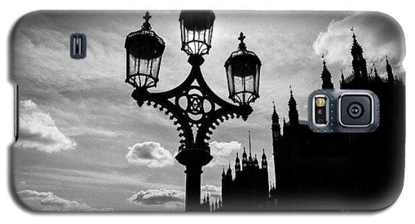 Galaxy S5 Case featuring the photograph Westminster Silhouette by Matt Malloy