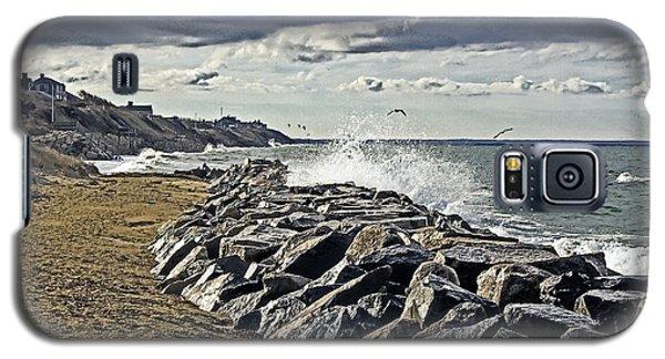 Wet Rock Walk  Galaxy S5 Case by Constantine Gregory