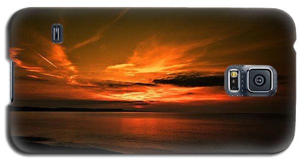Galaxy S5 Case featuring the photograph Weymouth  Golden Sunrise by Baggieoldboy