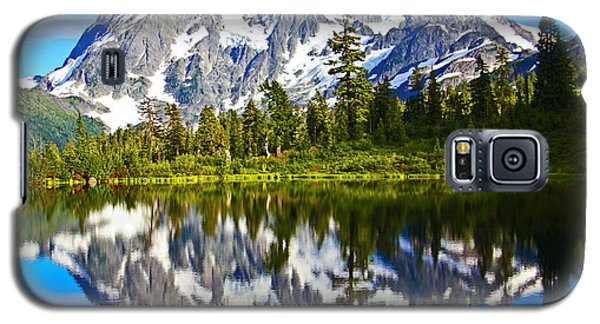 Galaxy S5 Case featuring the photograph Where Is Up And Where Is Down by Eti Reid