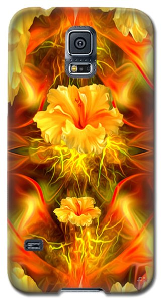 Where The Flowers Go To Pray Galaxy S5 Case by Giada Rossi