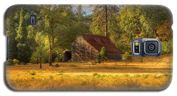 Whiskeytown Barn Galaxy S5 Case by Randy Wood